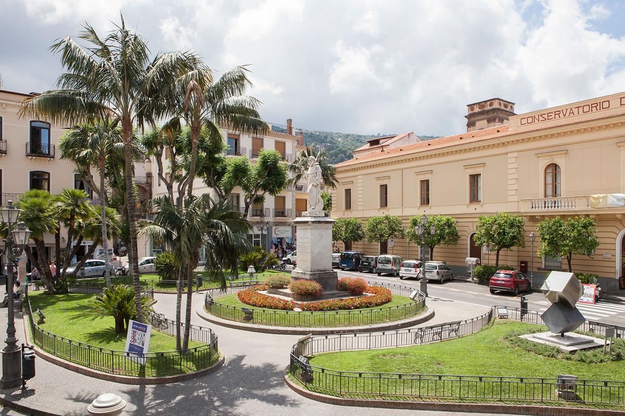 studios sorrento town center appartamenti sorrento centro città ... - Affascinante Casa Privata Sul Mediterraneo